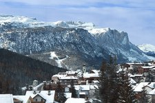 San Cassiano Hotels and apartments
