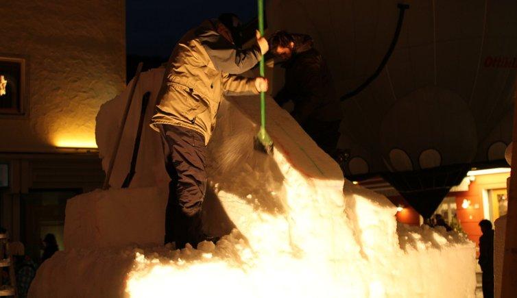 Schneeskulpturen-Festival, Foto: EMS, © Peer