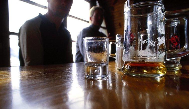 Lokale, Pubs & Diskos, Foto: AM, © Fotoarchiv
